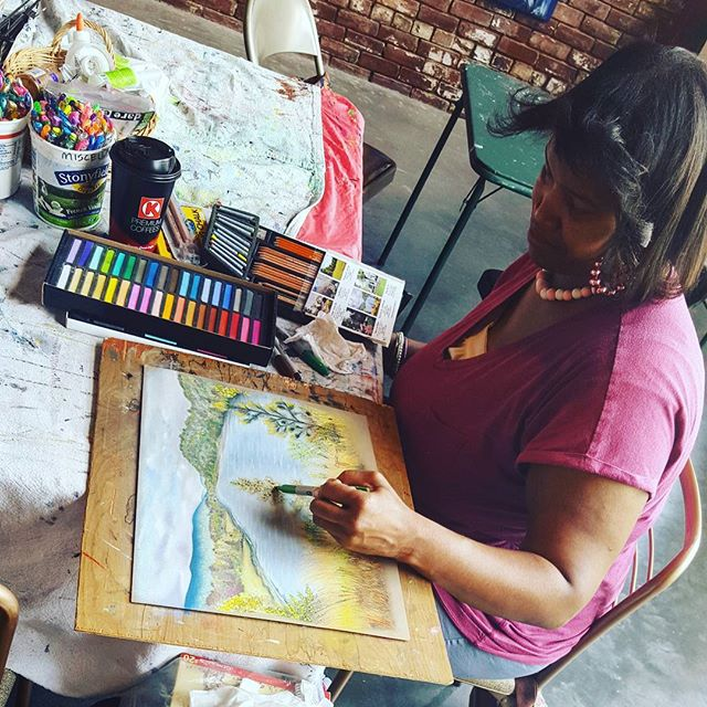Jessica Johnson working on her newest piece!#art #hartart #nonprofit #helpinghandsgallery #hartgallery