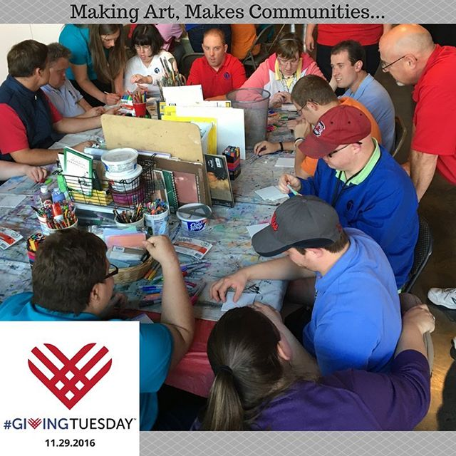 Every Wednesday and Thursday artists are creating and learning to thrive at Hart Gallery! #chagives#givingtuesday#hartgallerytn