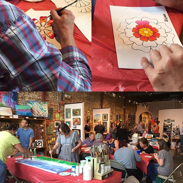 Flower fun with Tandus-Centiva #tanduscentiva #hartgallerytn #flowerpower
