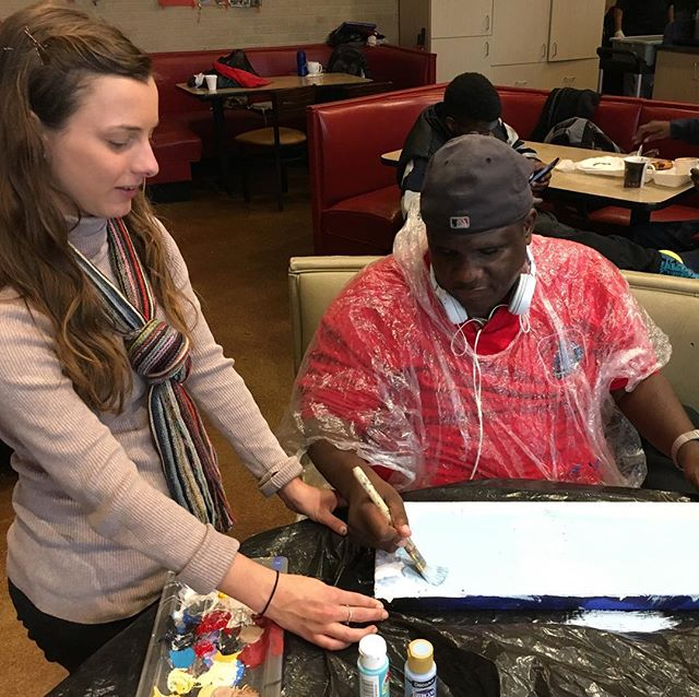 Cassie helping out Kevin with his painting at Recreate Cafe at the Salvation Army. Every Tuesday is open Art Expression classes! #givehope #givingtuesday #iamhart