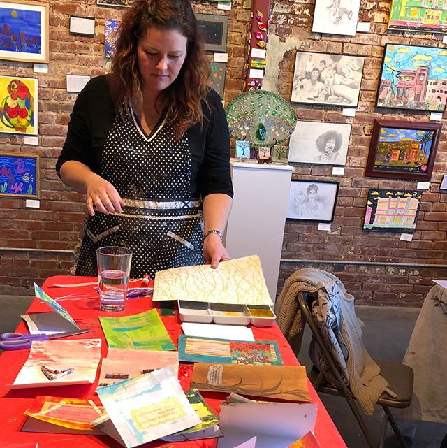 "Special thanks to @mindyjunekelly for the special card-making session with our ""H*Artists"" in preparation for our fundraiser dinner on Sat. 2/17!"