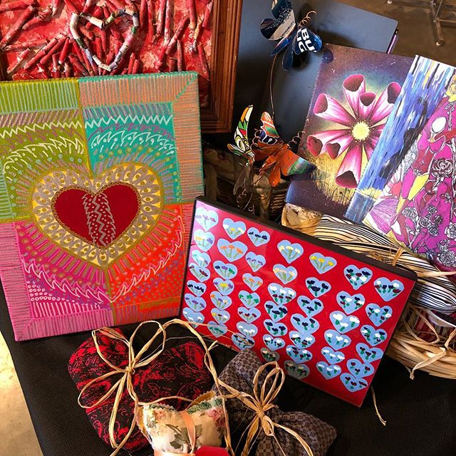 Sweethearts, you only have a couple of days left! Give the ones you love a handmade gift with heart from H*Art! 11-6pm Fri,9-2pm Sat!